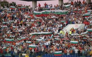 Продадоха само 3 хиляди билета за мача с Швейцария Img_41738