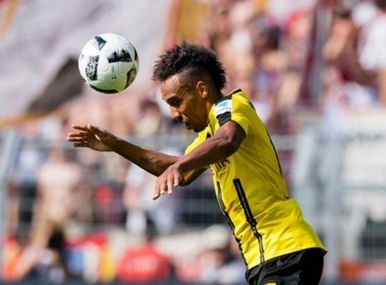Обамеянг: Не знам дали ще остана в Дортмунд догодина