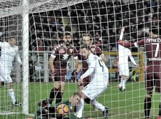 Милан спаси точката срещу Торино в зрелищен мач (видео)