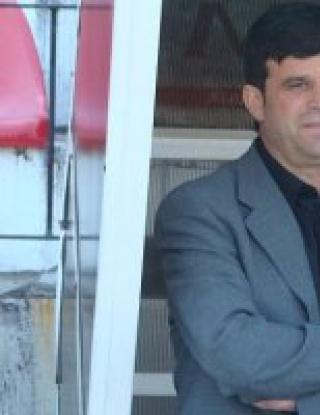 Канатларовски: Трудно вкарваме на отбори, които се бетонират
