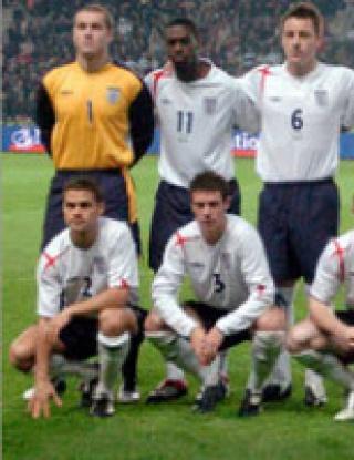 Англия остана на 11-то място в световната месечна класация на ФИФА