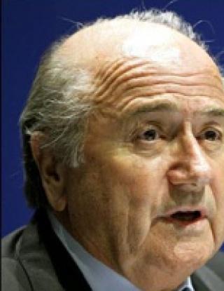 """ФИФА променя футбола с формата \""""шест плюс пет\"""""""