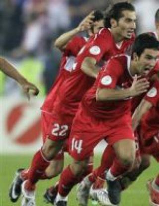 Драматичен 1/4-финал за Турция