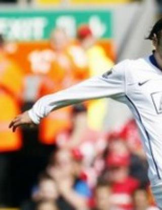 Бербатов в атаката на Юнайтед срещу Челси