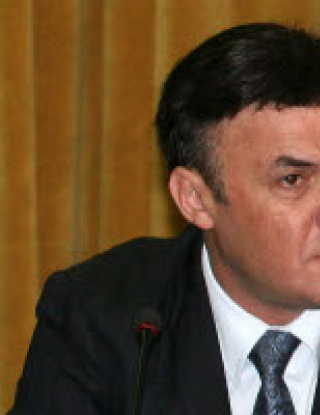 ФИФА и УЕФА в битка за българския футбол!