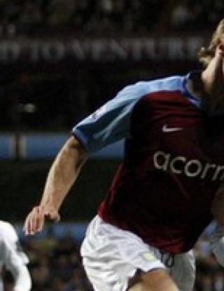 Юнайтед се мъчи срещу Вила без Бербатов