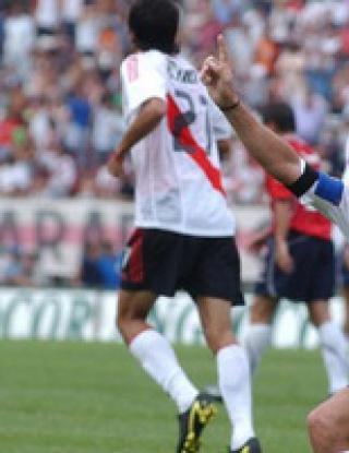 Марсело Салас спира с футбола