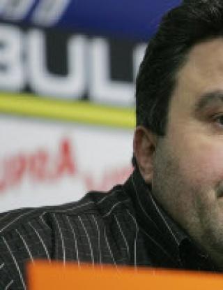 Кандидатът на Дражев бил по авторитетен от Васил Божков