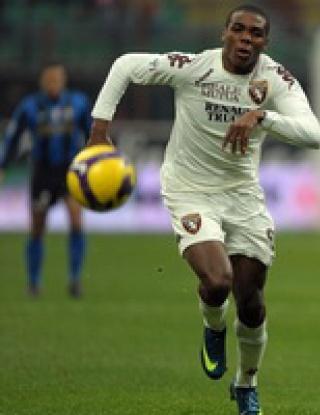 Торино върна интригата в Италия след реми с Интер
