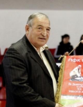 Димитър Пенев отпразнува 30 години треньорска кариера