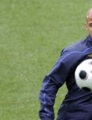 Хенрик Ларсон ще играе и през 2009 година