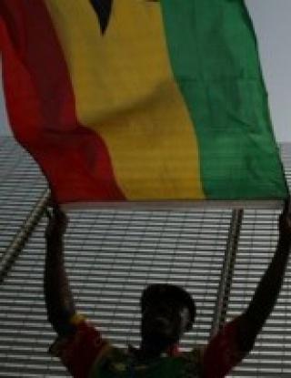 Четирима запалянковци загинаха на мач в Гана