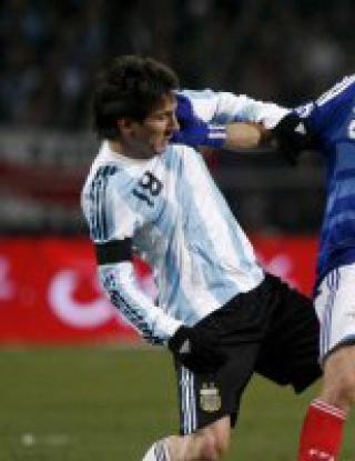 """Аржентина поряза \""""петлите\"""", Меси отново бележи"""
