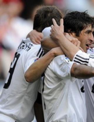 Чистка в Реал през лятото, дори Раул е за продан