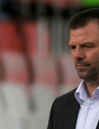 Стойчо Младенов в Шампионската лига