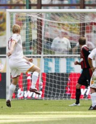 Рома удари Милан, Ювентус вкара три при дебюта на Чиро, Интер падна