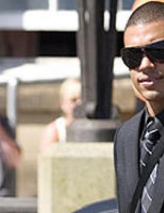 Оправдаха футболист на Дънди по обвинение за влизане с взлом