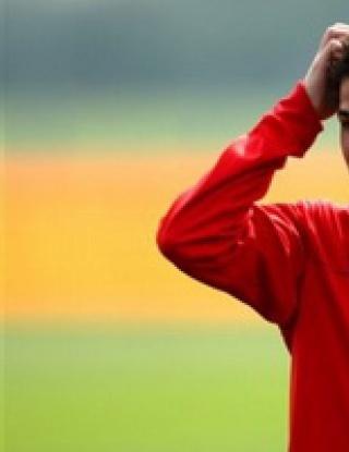 Арсенал пуска Фабрегас в Барса срещу 50 милиона евро