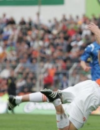 Бардон донесе победата на Левски срещу Литекс в слаб и скучен мач