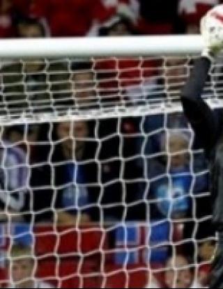 Юнайтед преговаря за датски национал