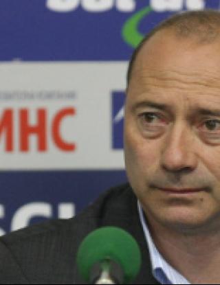 Велев: Уважавам ЦСКА, но само докато започне мачът