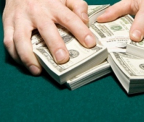 Разследват собственика на Бирмингам за пране на пари