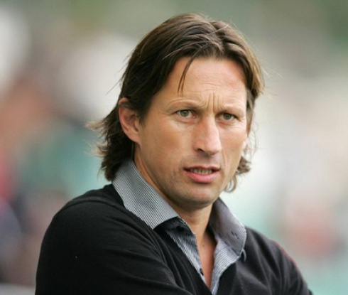 Леверкузен отправи оферта към треньора на Ред Бул Залцбург