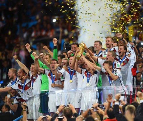 Футболът е проста игра - накрая побеждава Германия, защото има отбор