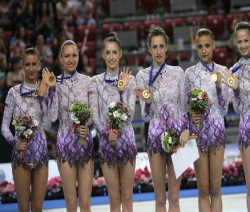 Ансамбълът си тръгва от Москва с пълен комплект медали