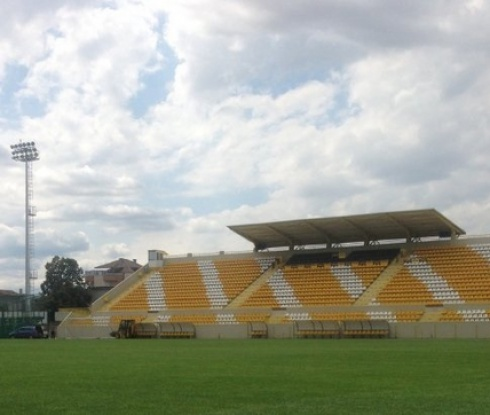 """Отборът на """"Тича"""" спечели турнира по плажен футбол за деца до 14 г."""
