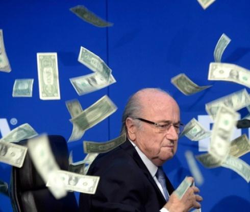 Отстраняват Блатер и Платини от футбола