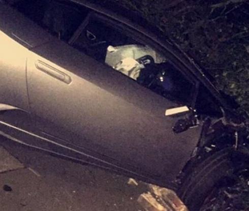 Нападател от Висшата лига размаза автомобила си в стена