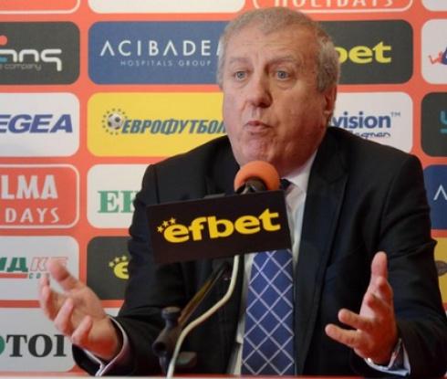 ЦСКА зададе 10 въпроса към Александър Томов