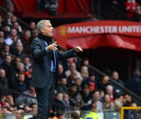 Сър Алекс: Моуриньо е точният треньор за Юнайтед