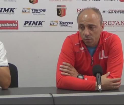 Илиан Илиев: Трябва да вдигнем футболистите от срива