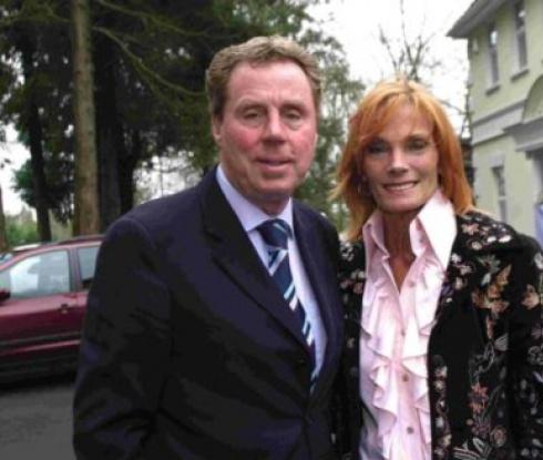 Хари Реднап прегази съпругата си с джип