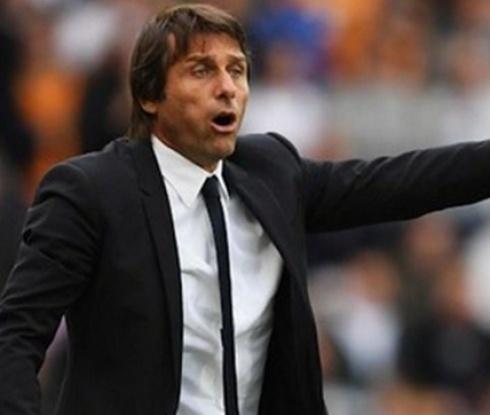 Конте подсилва защитата на Челси през януари