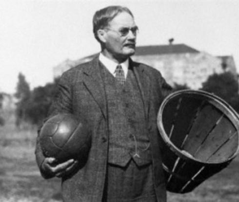 Баскетболът става на 125 години днес