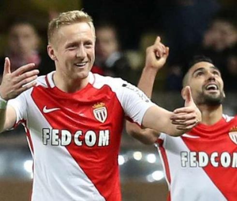Монако разгроми Ница в дербито на върха в Лига 1 (видео)