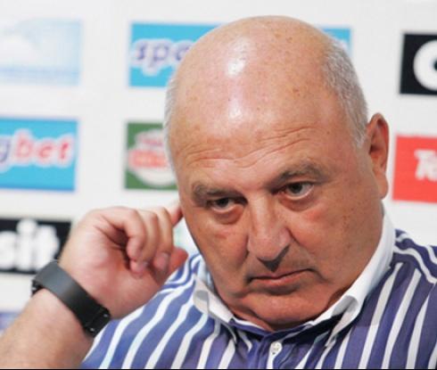 Венци Стефанов: С онзи със сините венци не говоря (видео)