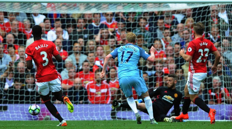 Стана ясно кога ще играят Сити и Юнайтед