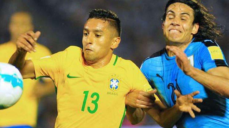Бразилия разби Уругвай, Паулиньо блести с хеттрик (видео)