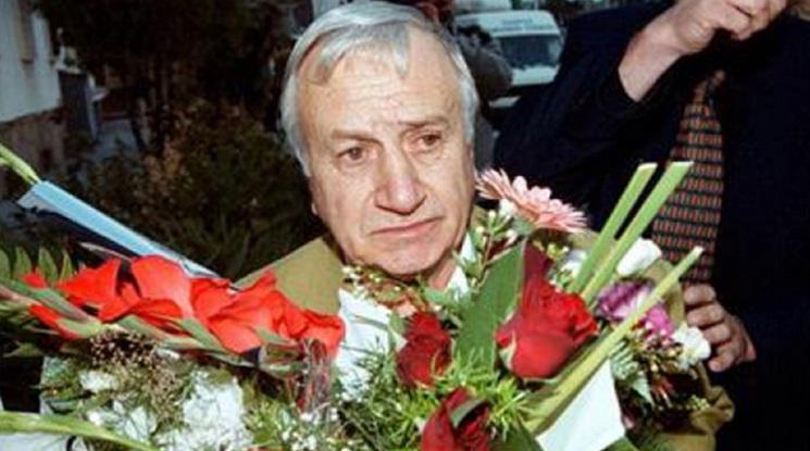 Почина Иван Абаджиев