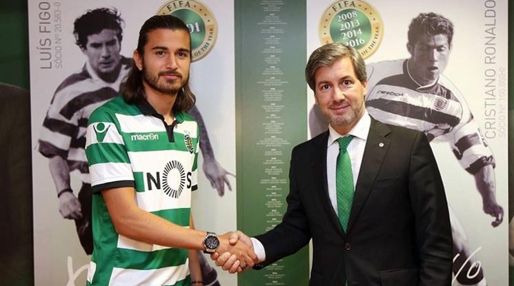 Синът на Бебето подписа със Спортинг Лисабон