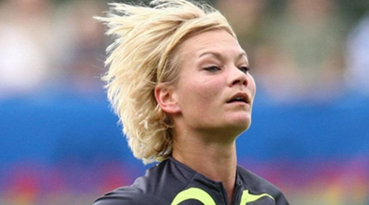 Съпругата на Хауърд Уеб ще води мачове от Бундеслигата