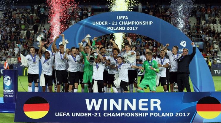 Германия триумфира с европейската титла до 21 г.