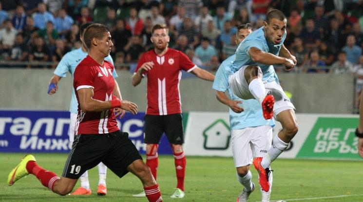ЦСКА продължава с победите, армейците надвиха Дунав с 3:0 (видео)