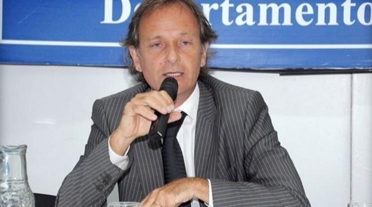 Обвинен в корупция висш футболен чиновник на ФИФА се самоуби