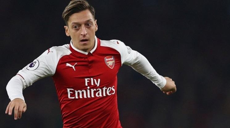 Арсенал пуска Йозил в Барса за 20 милиона евро