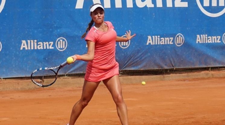 Вики Томова обърна холандка и е на 1/8-финал в Дубай